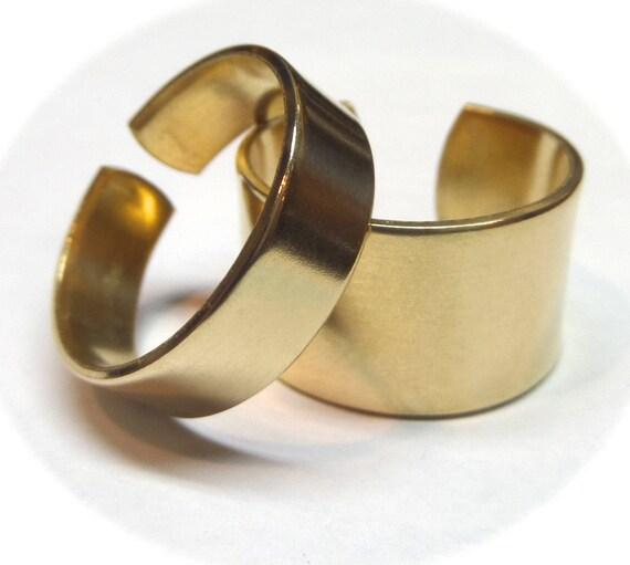 10 Jeweler's BRASS Ring Blanks 18 Gauge Polished  Ring Blanks - 10 FLAT Ring Blanks