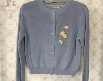 Blue Spring - Embroidered long sleeve light cardigan