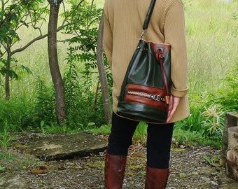 """Must have! Backpack - Backpack in forest green and cognac calfskin on the """"point Sellier"""", unisex, made by the Canada"""