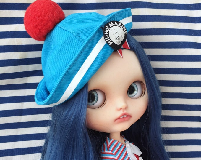 Custom Blythe doll OOAK. FREE SHIPPING. Azone flection body with  a hinge joint in her neck.