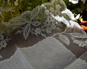 Vintage clair Ivoire mouchoir dentelle florale, mouchoir de mariage, baptême souvenir, cadeaux de baptême, cadeau de mariage pour la mariée 3444