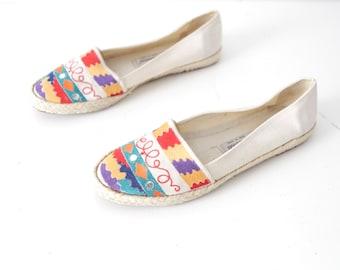 WOMEN'S size 9 WOVEN flats wild CALIFORNIA slip on beach fresh prince versace style shoes
