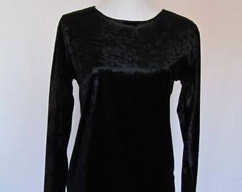 Vintage Women's Girls Crushed Velvet Black Long Sleeved Knit Top