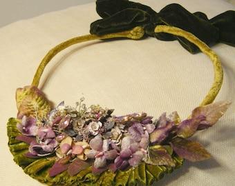 Ballet Ruffles in Silk velvet floral collar