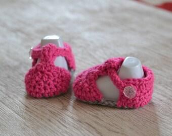 Newborn BubbleGum Pink Crochet Baby Sandals