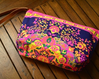 Handbags Clutch Bag Wrist let  Toiletry Bag Cosmetic Bag Clutch Purse Hipster Bag Handbag Bag Hippie Boho Summer Hobo Yoga Makeup organizer.