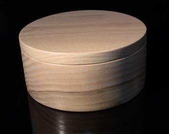 Box round ash