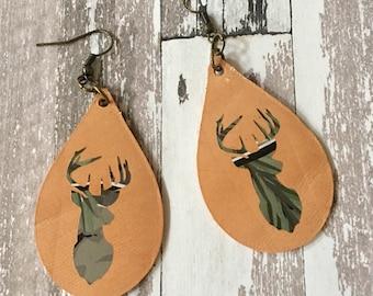 Earrings Leather Hunt Camo Deer Head Teardrop Tan Leather Shape LIGHTWEIGHT Dangle Pierced Jewelry