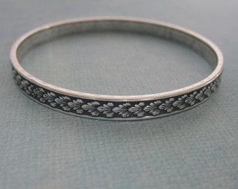 NEW Silver Leaf Bangle Bracelet 3776