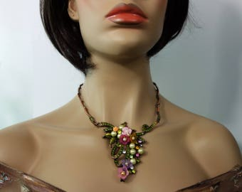 trade winds floral cascade necklace