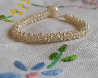 Cream and Silver Latticework Beaded Bracelet