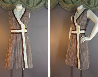 60s dress 1960s vintage BROWN WHITE CHECK Rick rack fit and flare A line Mod dress