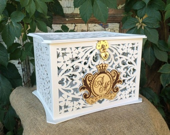Personalised wooden wedding money box / Savings box / Wedding
