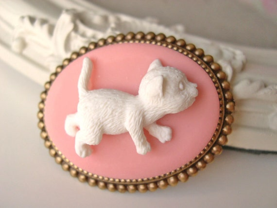 Hair Clip kawaii fairy kei lolita accessory white kitty cat cameo kanzashi PINK