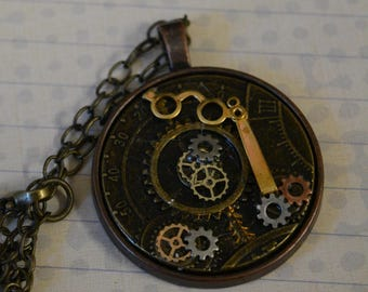 Steampunk pendant gears opera glasses necklace round