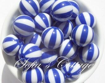 20mm 10CT Beachball Chunky beads, Bright Blue and White Beach Ball Beads, D29