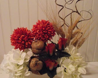One Sided silk and dried flower table arrangement