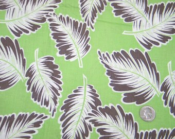 Vintage Novelty FEEDSACK Flour Sack Cotton Fabric - Brown/White Leaves on Green Backgroud - 36 x 44 Quilt Sewing Doll Clothes