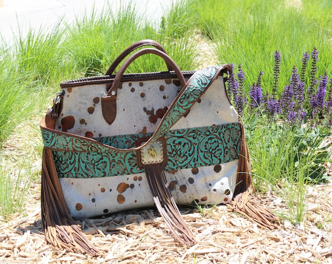 Cowhide Tote in Metalic finish The Appaloosa Collection