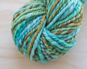 Handspun bulky art yarn / textured handspun yarn in fresh rockpool colours / turquoise blue green olive bronze / super soft handspun yarn
