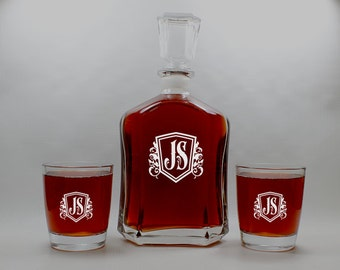 Wedding Gift,Scotch Decanter,Personalized Decanter,Monogrammed Decanter,Decanter Set,Whiskey Glasses,Groomsman Gift,Etched Decanter