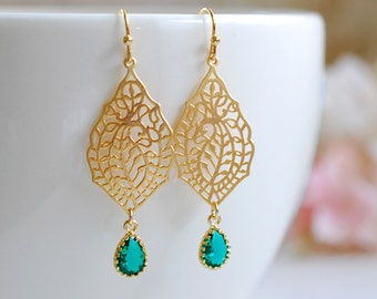 Emerald Green Glass Gold Paisley Filigree Dangle Earrings, Gold and Green Drop Earrings Chandelier Earrings, Boho Bohemian Earrings