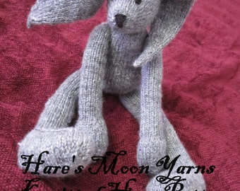 Hare toy knitting pattern