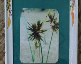 Cottage White Picture Frame, 7.9x5.9  Framed Flower Picture