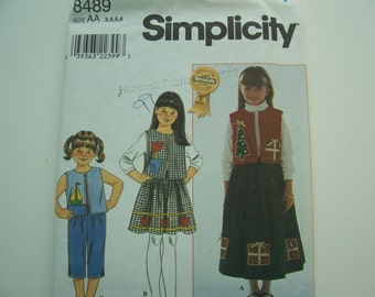 SIMPLICITY PATTERN  -  Child s Vest-Skirt and Pants    -  with Applique Patterns  -  Sizes 3-4-5-6  -  5.00