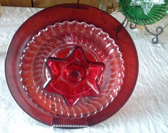 Glass plate flower, garden art, sun catcher, yard art