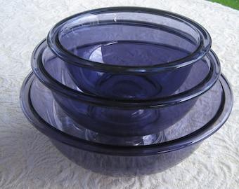 Purple Glass Pyrex Nesting Bowl Set