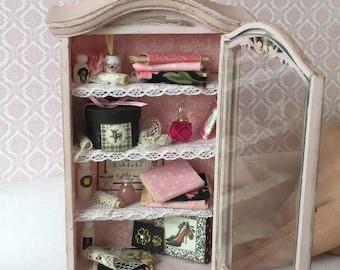 Miniature vintage style display cabinet
