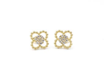 Elegant 14k yellow/white gold flower shape with cz pair of earrings