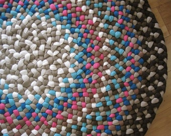Made To Order Custom Handmade Braided Round Rug in your color choices