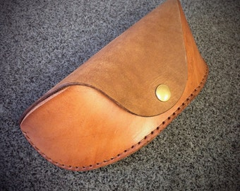 PATTERN - Leathercraft PDF Pattern for Leather Glasses/Sunglasses Case - DIY Pattern