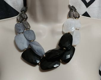 Black to Gray Faceted Bead Lucite Necklace Choker