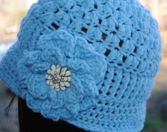 Womans Crochet cloche bucket flapper hat 22 to 24 Blue
