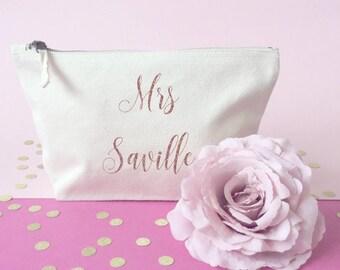 Personalized makeup bag- Cosmetic bag- Bridesmaid gift- Toiletry bag- large cosmetic bag- Personalised bag- Be my bridesmaid- Maid of honour