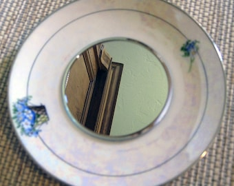 Mirrored Saucer for Hanging