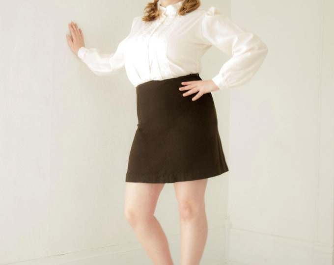 Vintage brown wool mini skirt, high waist, L XL 1970s retro boho