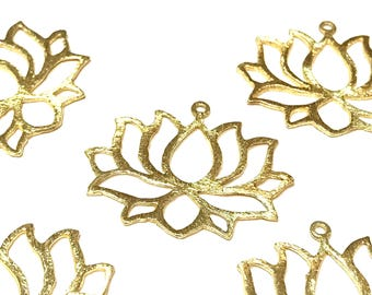 5 pcs Cut out lotus hand-brushed pendant/ charm