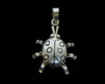 Womens Vintage Estate Sterling Silver Lady Bug Pendant , 4.5g E2926