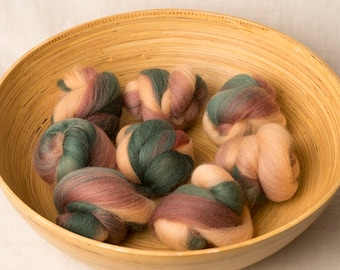 Rustic and fun battling set, perfect for spinning or felting (170231)