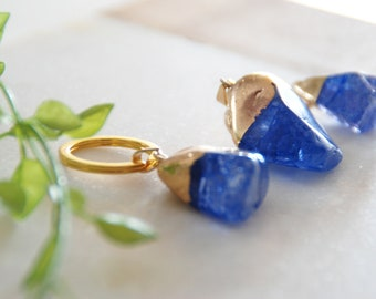 Kobalt Blue Natural Stone Keychain, Blue Crystal Keychain, Gold Crystal Key Chain, Crystal Key Ring, Gift for her, Gold Key Ring
