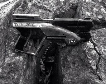 Mass Effect 1 M3 Predator Gun Pistol Replica Kit Rifle Blaster