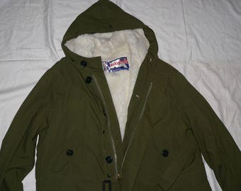 Vintage 1970s men's belted military style parka XXL