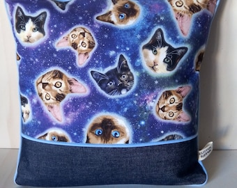 Cats and Galaxy - blue - 40x40cm Cushion cover