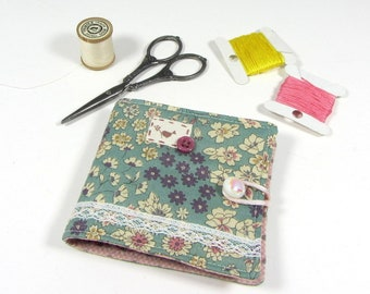 Small needle book, sewing supply, pin case, floral needle holder, fabric book for sewing, pins and needles, needle storage