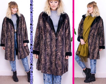 Vintage, Oversized Coat, Faux Fur, Winter Coat, Warm Jacket, Tiger Print, Patterned Jacket, 80s, Cosy Jacket, Black, UK 10, 12, 14, 16, S, M