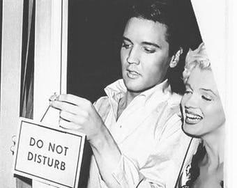 Marilyn Monroe & Elvis Presley in a great fantasy photo .